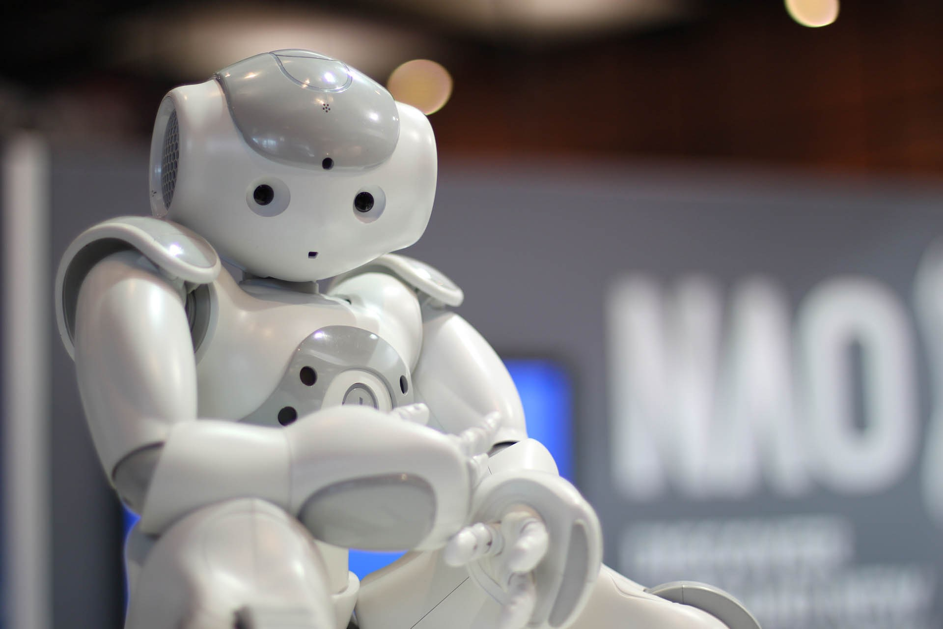 Creationists buy humanoid robot to study technology\'s impact on ...