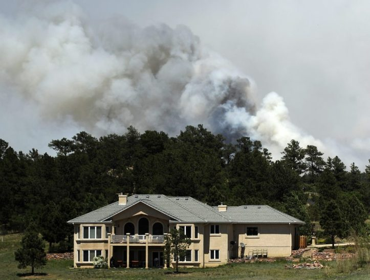 Wildfire Threatens Homes In Colorado Springs Area